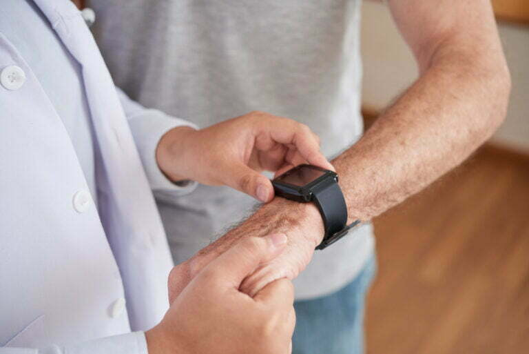 patient measuring respiratory rate from smart watch
