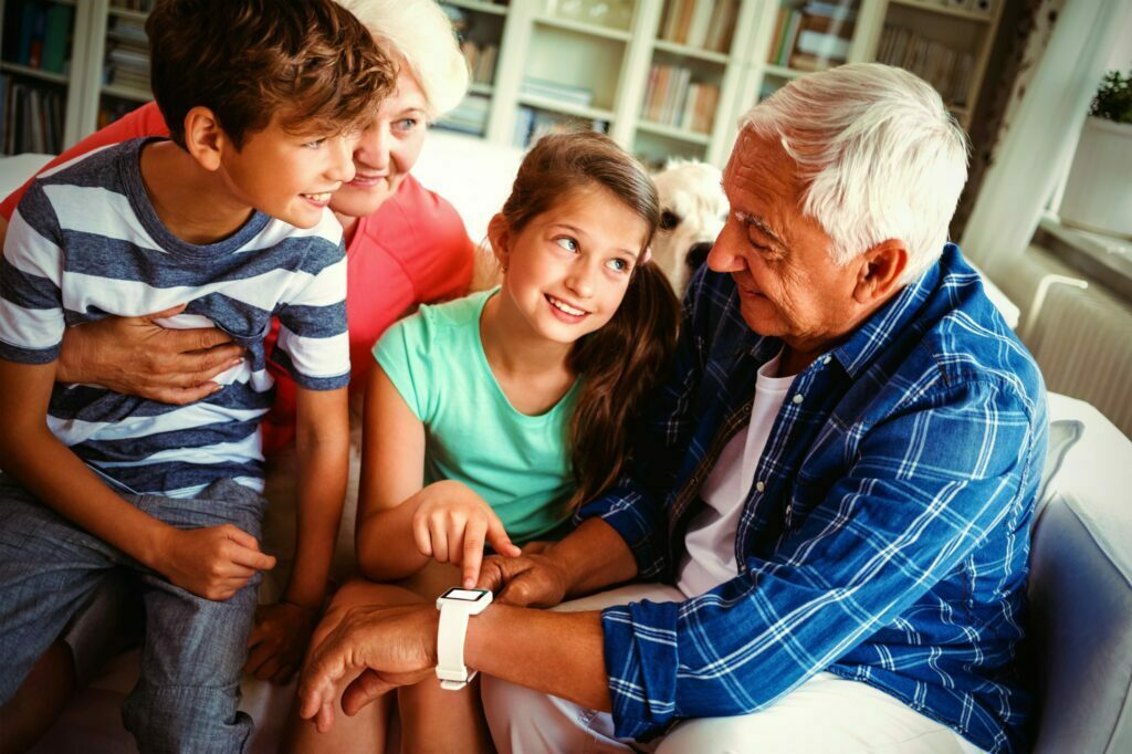 elderly person using DrKumo smartwatch